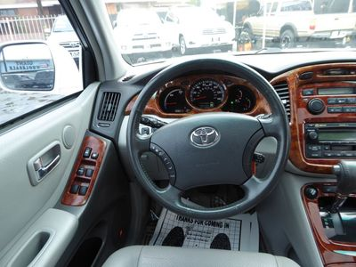 ... 2007 Toyota Highlander Hybrid Limited W/3rd Row ...
