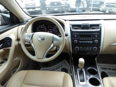 ... 2013 Nissan Altima 2.5 S ...