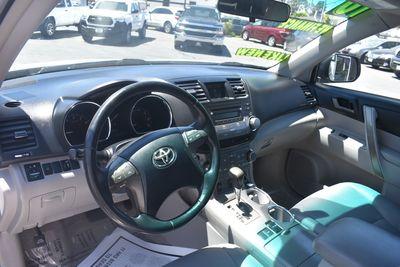 2010 Toyota Highlander SE
